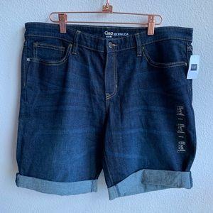 NWT GAP | Denim Bermuda Jeans | 14/32